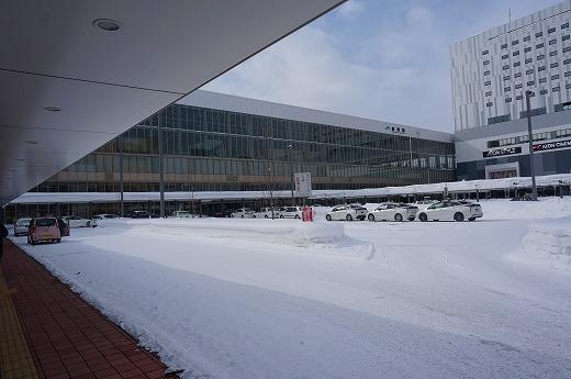 旭川駅!今はイオンモールが隣接しているんですね…